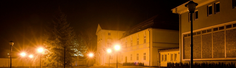 zámek noc